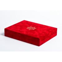 Подарочная коробка с крышкой красный флок