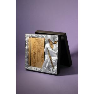Подарочная коробка для канцтоваров