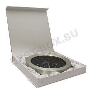 Подарочная шкатулка с магнитом под часы