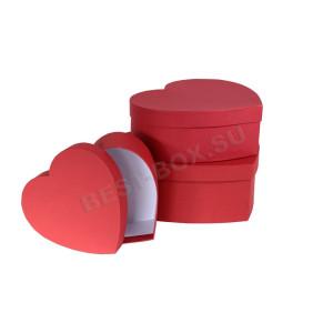 Набор коробок в виде сердца